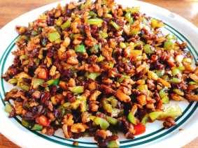 Stir fry of minced pork, peppers and kohlrabi